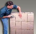 Svazování krabic balícími páskami 3M