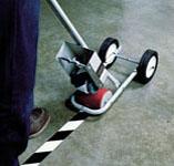 Aplikace podlahových pásek 3M